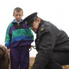 Brendan Gleeson in una divertentissima scena di Un poliziotto da happy hour