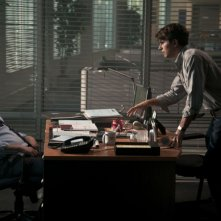 David Koechner e Miles Fisher in una scena di Final Destination 5