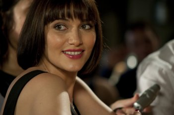 Ex: Amici come prima: un bel sorriso di Anna Foglietta in una scena del film
