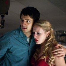 Final Destination 5: Emma Bell e Nicholas D'Agosto nei panni di Molly e Sam in una scena del film