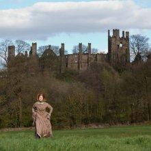Jane Eyre: una splendida inquadratura della protagonista Mia Wasikowska
