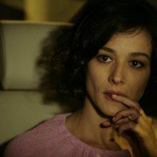 Nicole Grimaudo in L'amore fa male: una scena drammatica del film