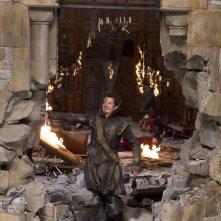 Orlando Bloom tra le fiamme in una scena de I tre moschettieri in 3D