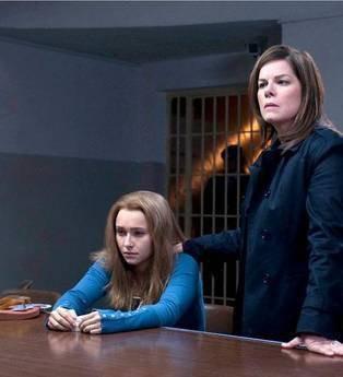 Amanda Knox Murder On Trial In Italy Marcia Gay Harden Con Hayden Panettiere 217002