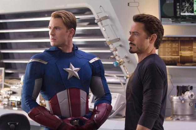 Chris Evans e Robert Downey Jr. in The Avengers - I vendicatori