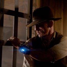 Daniel Craig appostato e in guardia in Cowboys & Aliens