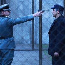 Julian Vergov e Pierfrancesco Favino in una scena della fiction Rai Il Generale Della Rovere