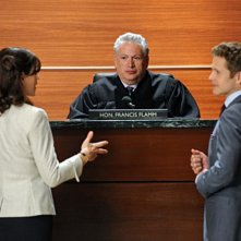 The Good Wife: Julianna Margulies, Matt Czuchry ed Harvey Fierstein nell'episodio Feeding the Rat
