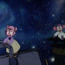 Il topolino protagonista con la sorella Tanya in una scena di Fievel sbarca in America