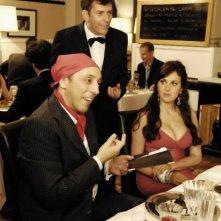 Matrimonio a Parigi: Massimo Ceccherini in una scena del film insieme a Isabelle Adriani