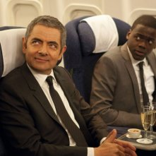 Rowan Atkinson e Daniel Kaluuya protagonisti della commedia Johnny English: La Rinascita