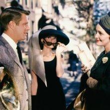 Colazione da Tiffany: Audrey Hepburn, George Peppard e Patricia Neal in una scena del film