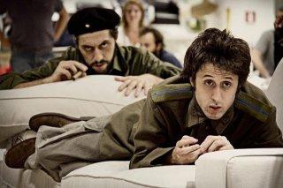 Filippo Timi e Francesco Brandi in una scena del film Missione di pace