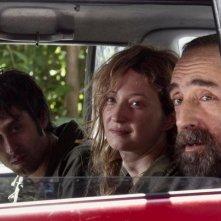 Francesco Brandi, Alba Rohrwacher e silvio Orlando in una scena di Missione di pace