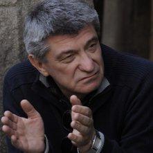 Il regista Aleksandr Sokurov sul set sel suo Faust