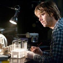 La Cosa: Eric Christian Olsen in una scena del film