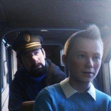 Le Avventure di Tintin: il Segreto dell'Unicorno, il capitano Haddock insieme a Tintin in una scena del film