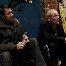 Paddy Considine insieme a Peter Mullan sul set di Tyrannosaur