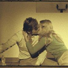 Mario Valdemarin e Cinzia Bruno in una scena del film L'illazione di Lelio Luttazzi