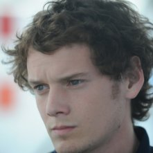 Anton Yelchin in una scena del film Like Crazy