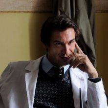 Fabrizio Gifuni in una scena de La kryptonite nella borsa di Ivan Cotroneo