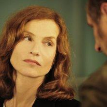 Isabelle Huppert e Benoît Poelvoorde in una scena di Mon pire cauchemar