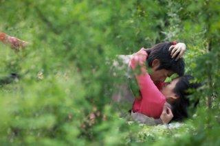 Love for life: una scena d'amore tra Zhang Ziyi e Aaron Kwok tratta dal film
