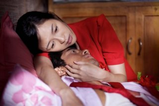 Love for life: Zhang Ziyi e Aaron Kwok innamorati in una scena del film