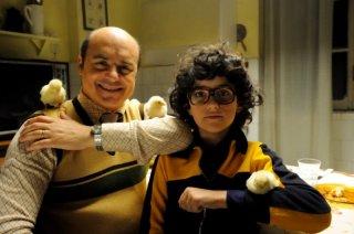 Luca Zingaretti insieme al piccolo Luigi Catani in una scena de La kryptonite nella borsa di Ivan Cotroneo
