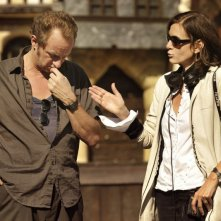 Mon pire cauchemar: la regista Anne Fontaine insieme a Benoît Poelvoorde sul set del film