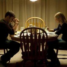 Jennifer Morrison e Joel Edgerton in una scena del dramma Warrior