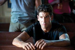 Jon Bernthal è Shane nell'episodio La strada da percorrere, della seconda stagione di The Walking Dead
