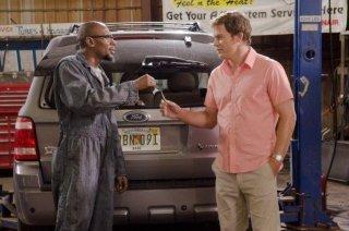 Mos Def e Michael C. Hall in una scena dell'episodio Smokey and the Bandit