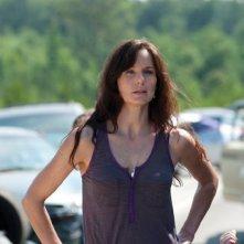 Sarah Wayne Callies è Lori Grimes nell'episodio La strada da percorrere, della seconda stagione di The Walking Dead