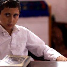 David, il piccolo Muatasem Mishal in una scena del film