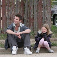 Little Glory: Isabella Blake-Thomas e Cameron Bright sul set del film