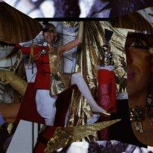 The british guide to showing off, Andrew Logan in una scena del documentario a lui dedicato