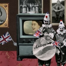 The british guide to showing off, un altro bizzarro collage tratto dal documentario