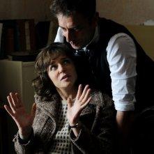 Valeria Golino parla con il regista Ivan Cotroneo sul set del film La kryptonite nella borsa
