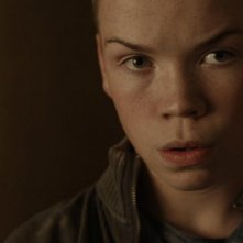 Will Poulter in una scena del film Wild Bill