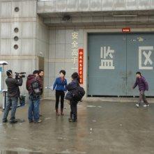 Dead men talking, Ding Yu insieme alla sua troupe arrivano nella prigione