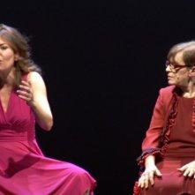 Franca Valeri insieme alla sua 'erede naturale' Sabina Guzzanti in una scena tratta dal documentario Franca, la prima