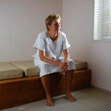 Peolpe in white, un'immagine del documentario incentrato sul rapporto paziente medico nella psicanalisi