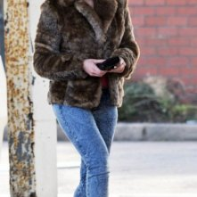 Scarlett Johansson, sexy aliena, si aggira sul set di Under the Skin