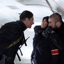 Isabelle Adjani in De force con Eric Cantona e Simon Abkarian