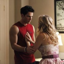 The Vampire Diaries: Michael Trevino e Candice Accola nell'episodio Disturbing Behavior