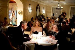 Kate Hudson, Kathy Bates in una scena de Il mio angolo di paradiso insieme a Treat Williams