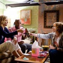 Kate Hudson, Lucy Punch in una scena del film Il mio angolo di paradiso insieme a Romany Malco
