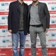 Il regista Pippo Mezzapesa e lo scrittore Mario Desiati, autori de Il paese delle spose infelici