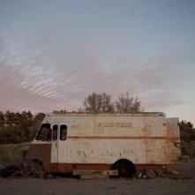 Magic Valley, la desolazione delle location raffigurata una scena del film